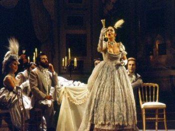 La Traviata al Teatro Sociale di Como