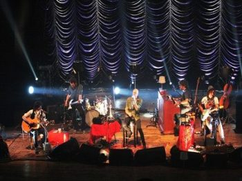 i Negrita in concerto sul Lago di Como
